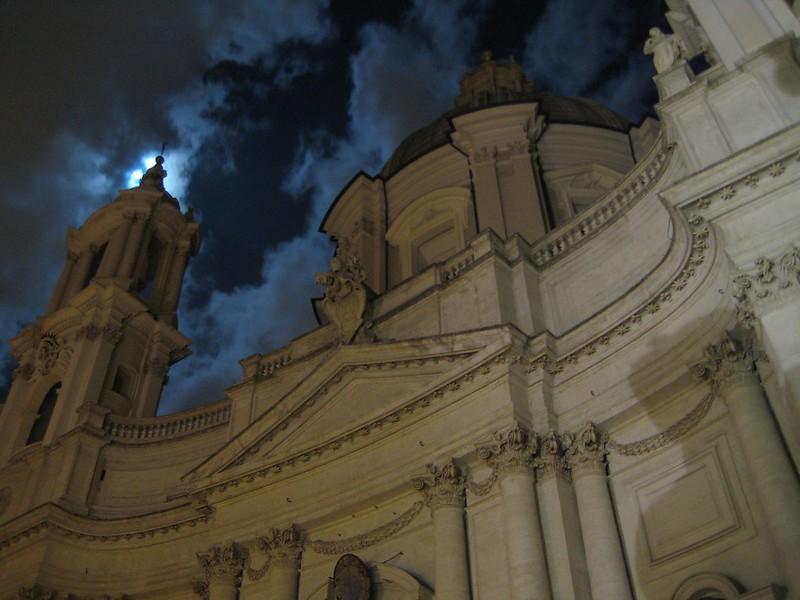 Plazza Navonna, Rome, at night (2007)